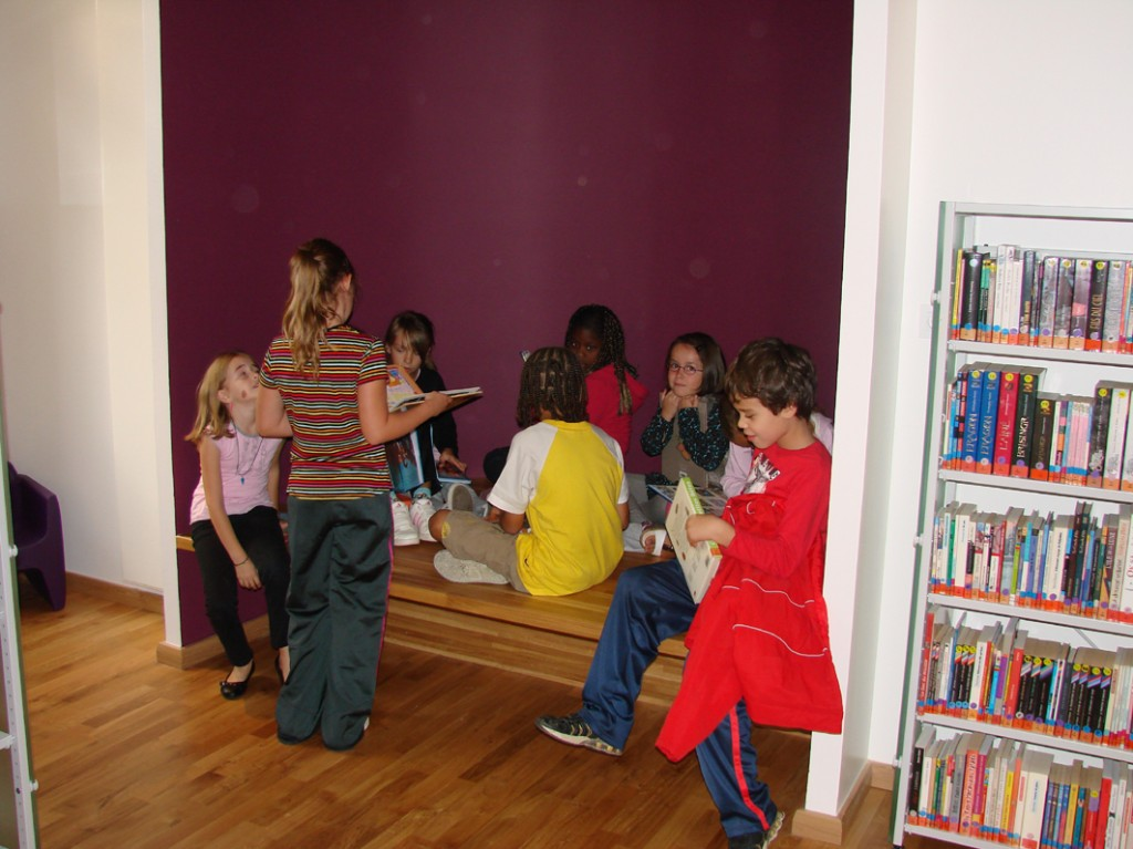 Bibliotheque De L Xterieur Centre Ville Yerres
